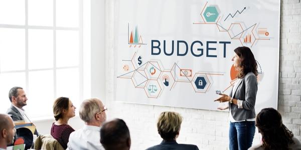 Budgetcoach is géén beschermde titel: met alle gevolgen van dien…
