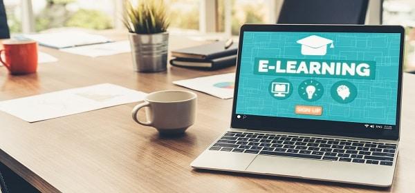 De voordelen van e-learning én tijdelijk 10% korting: studeren in je eigen tijd mét trainingen op depraktijkdag